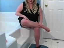 Gorda se masturbando na banheira