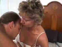 Titia gostosa dando o cu