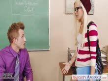 Aluninha safada pedindo piroca pro professor