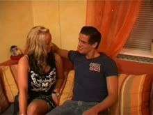 Loira amadora gostosa fazendo sexo