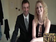 Peituda fazendo anal pra botar no pornohub